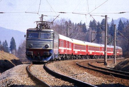 Trenule, mașină mică