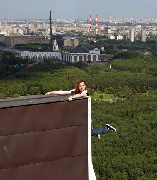 extreme_urban_climbing_in_russia_12