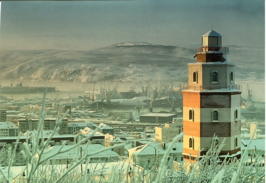 russia-murmansk-lighthouse